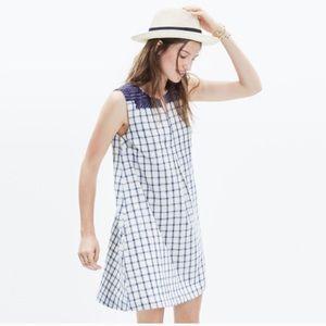 Sleeveless Plaid Dress with Pockets!